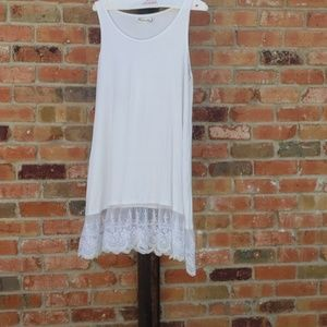 LACY LONG SLEEVELESS TOP/COVERUP PLUS SIZE XXL